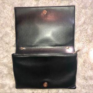 Bags - NWOT- Diva Retro Vegan Leather Crossbody/Clutch